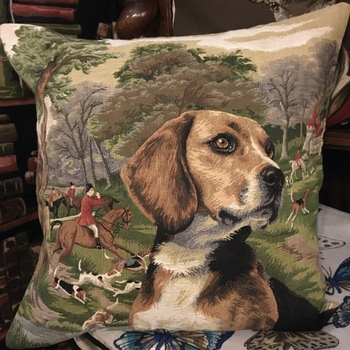 """""""Beagle Forest"""" Belgium Tapestry cushion"""