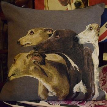 """Whippets / greyhounds grijs"" Belgische tapisserie kussen"