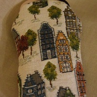 """Glasses bag, Bruges houses"" Belgium Tapestry bags"