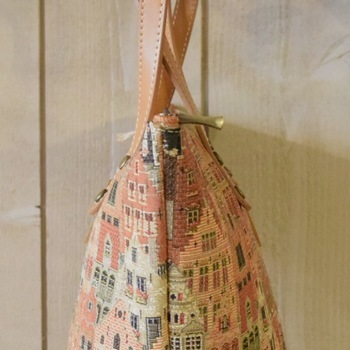"""handbag with long handle, Bruges houses I"" Belgium tapestry"