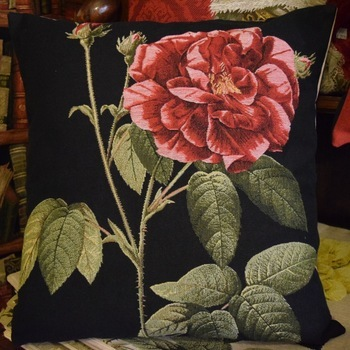 """""""Roses rouges"""" Tapisserie Belge coussin"""