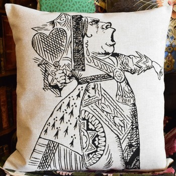 """Alice in wonderland, The red queen zw/w""  Belgium Tapestry cushion"