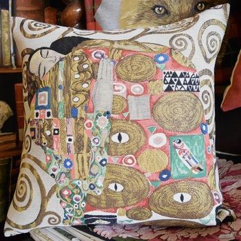 "Gustav Klimt - The kiss I ""Belgium Tapestry cushion"""