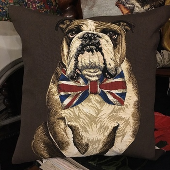 "Bouledogue anglais noeud brun ""Tapisserie Belge coussin"""