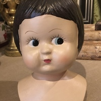 Statue tête de poupée