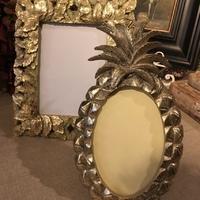 Pineapple frame gold