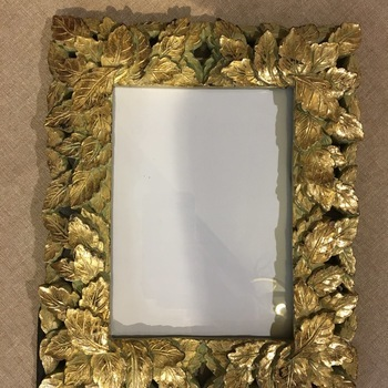 Golden frame leaves