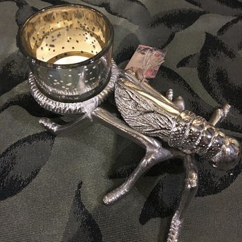 Insect tealight candle