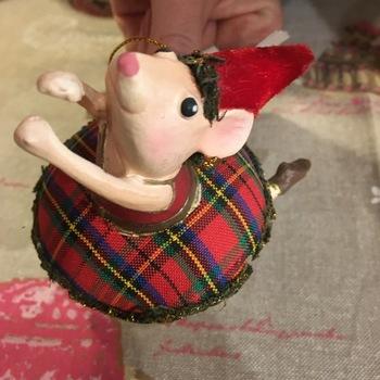 Dansende muis hanger 1