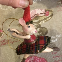 Dancing mouse pendant 3