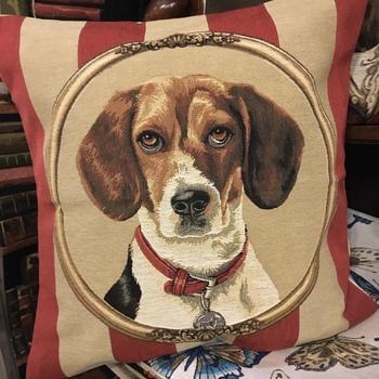 """""""Dog beagle"""" Belgium Tapestry cushion"""
