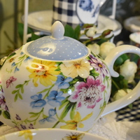 Fine china teacups - Huis de zomer -Bruges