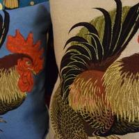 Belgische tapisserie kussens kippen_Huis de zomer_Brugge kussens met kippen