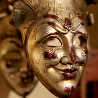 Interior decoration deco masks- Huis de zomer- Bruges